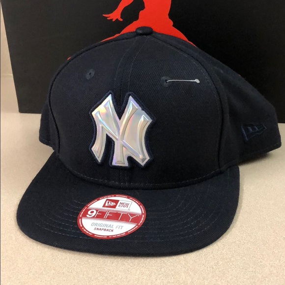 05742f5ccc5 New York Yankees 9FIFTY SnapBack